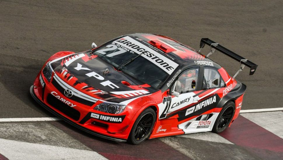 Mariano Altuna dominó los ensayos del Top Race V-6 en 9 de Julio.