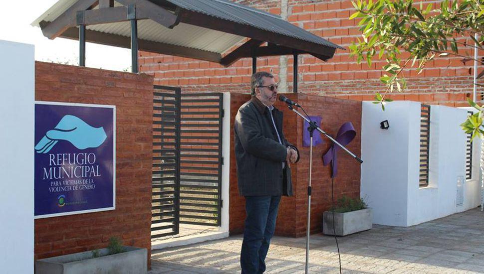 El intendente Alberto Conocchiari durante la inauguración.