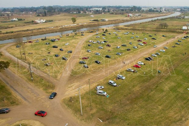 La gente concurrió ayer en gran número al Parque Borchex.