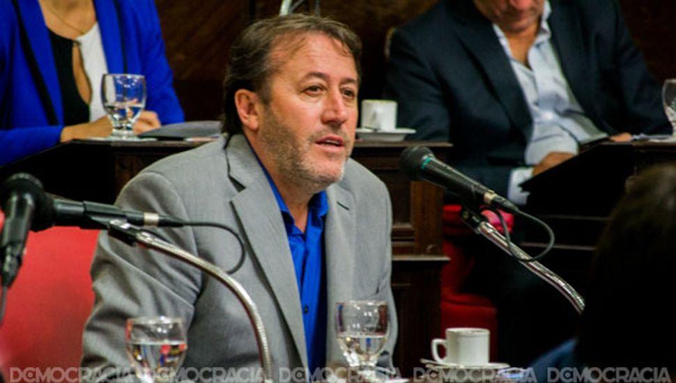 """Para Patricio García, la ley que pone fin a las reelecciones es """"antipolítica"""""""