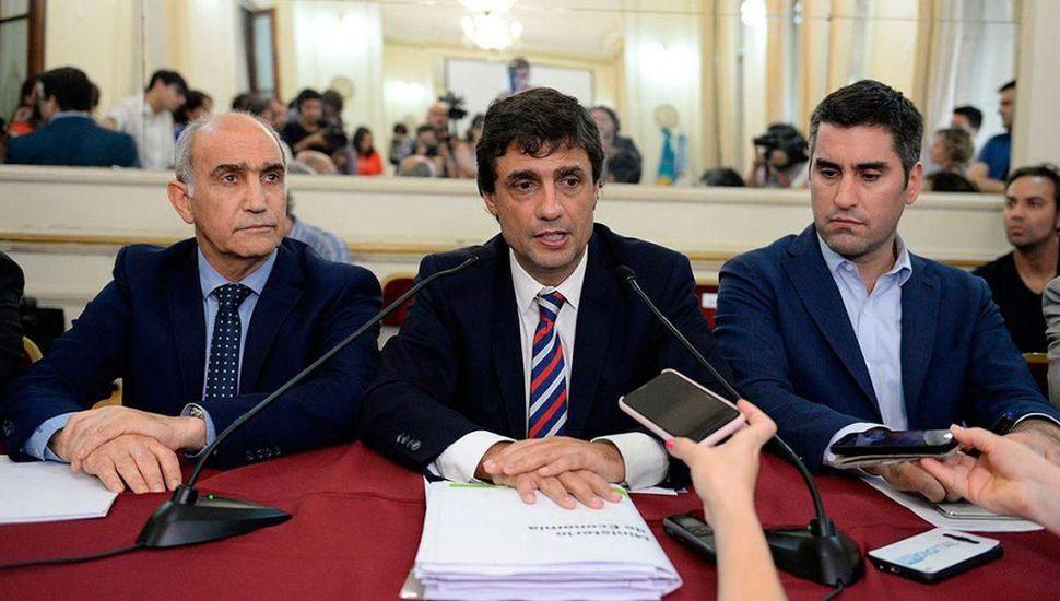 El ministro de Economía, Hernán Lacunza, firmó la resolución que se publicó en el boletín oficial.