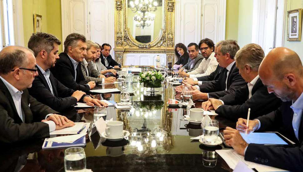 Macri decidió descongelar los sueldos de su Gabinete: aumentarían el 25%