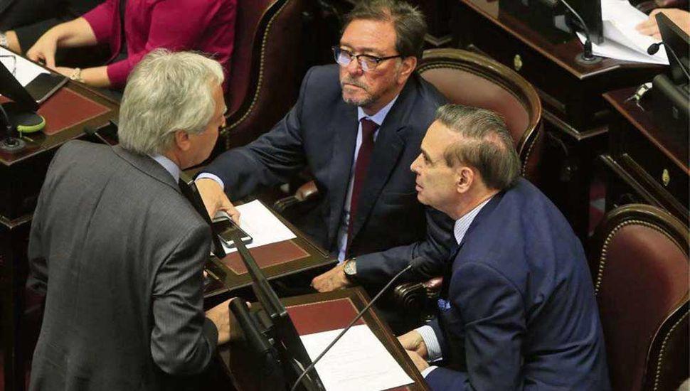 Madura el acuerdo para aprobar la ley de financiamiento de partidos