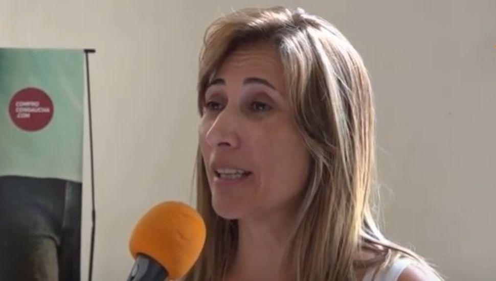 """Carolina Olguín: """"Cuesta que reconozcanal comercio"""""""