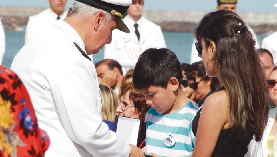 Emotivo homenaje y pedido de justicia por los 44 tripulantes del ARA San Juan