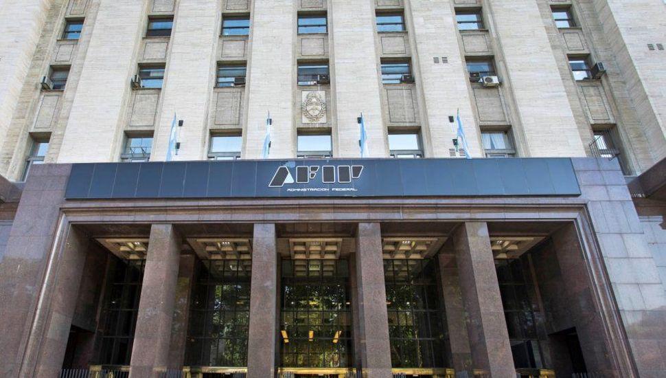 AFIP pone más controles sobre las grandes empresas para limitar la fuga de capitales