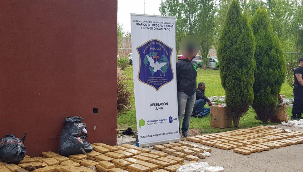 Quemaron 1.750 kilos de droga incautada en la Provincia: 20 kilos pertenecen a Junín