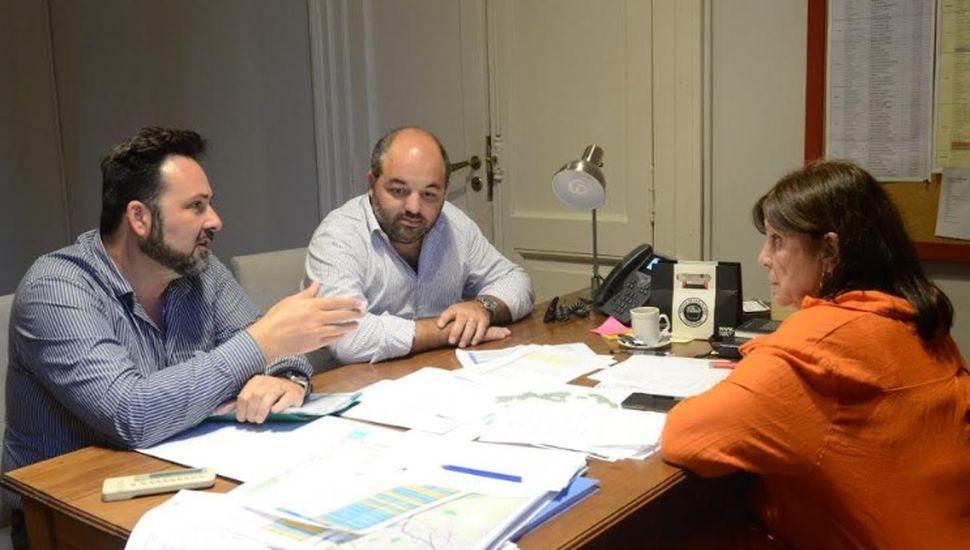 Aiola tuvo reuniones de gestión en La Plata