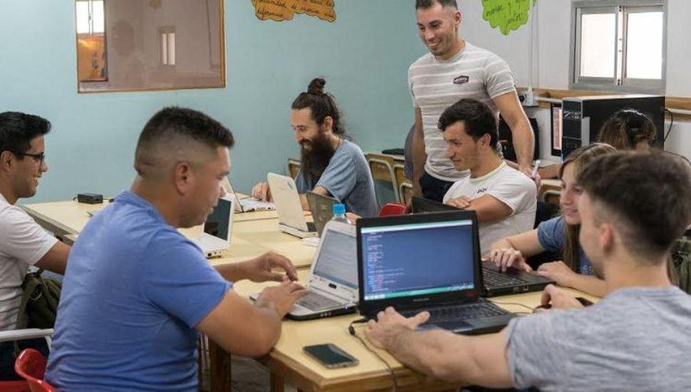 Nuevos cursos del centro de formación laboral de Viamonte