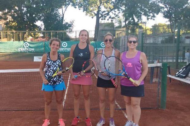 Gran torneo de damas en  las canchas del Club Junín