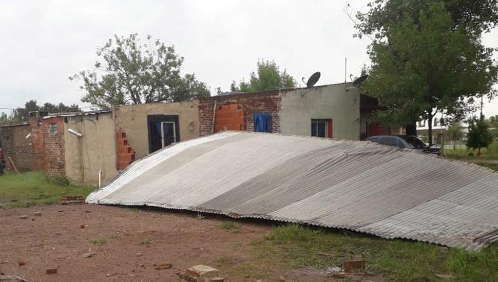 Varias viviendas sufrieron las inclemencias climáticas. Por fortuna, no hubo heridos.