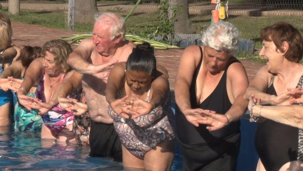 Más de 70 abuelos participan de la colonia de verano en Rojas