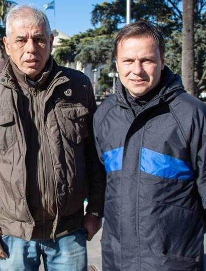 Andrés Mansilla (izquierda) y el subsecretario de Educación y Deportes comunal, Daniel Pueyo, brindaron detalles del programa pedalero del 14 de septiembre próximo.