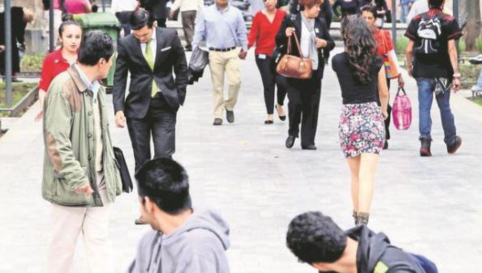 El Senado aprobó por unanimidad una ley contra el acoso callejero a las mujeres