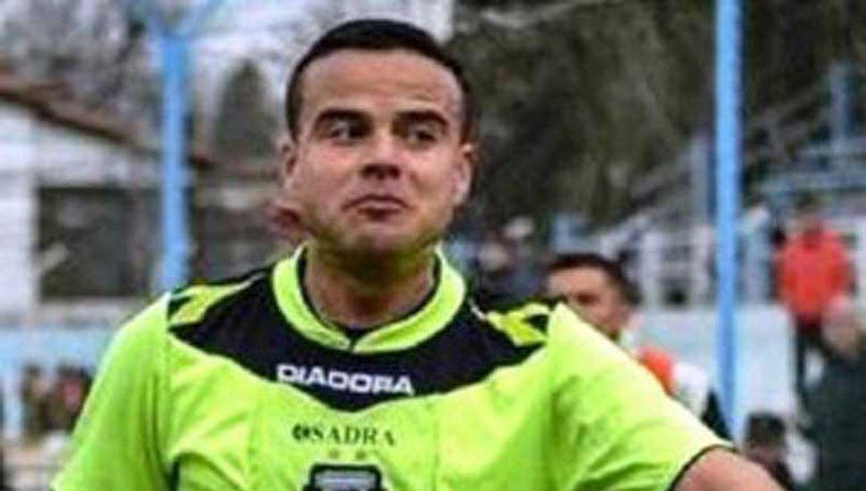 Fabricio Llobet arbitrará el encuentro de Sarmiento ante Chacarita Juniors