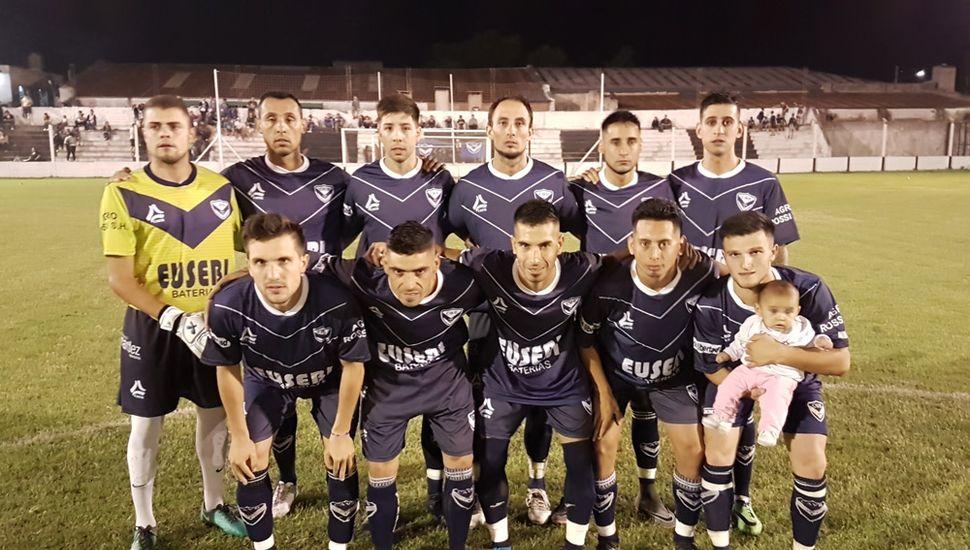 Titulares de Villa Belgrano, anoche, en el estadio de Moreno.