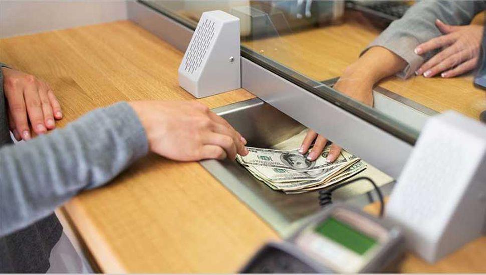 El dólar subió a $38,74