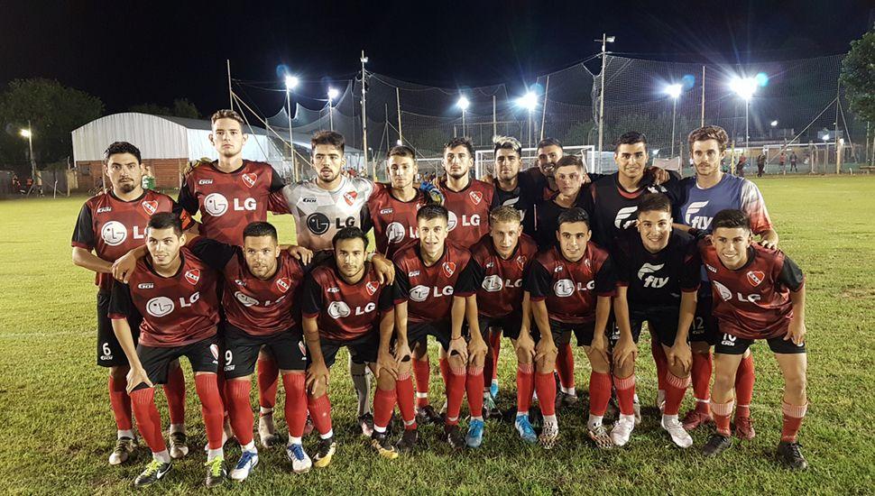 Plantel de Independiente de Junín.