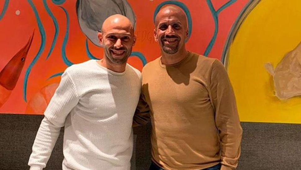 Javier Mascherano y Juan Sebastian Verón.