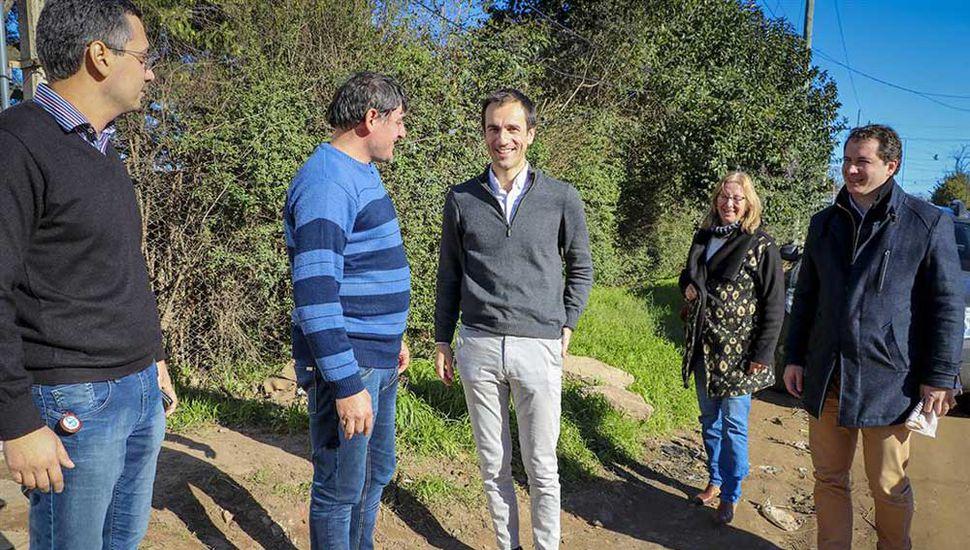Petrecca se reunió con fomentistas en el barrio Ricardo Rojas.