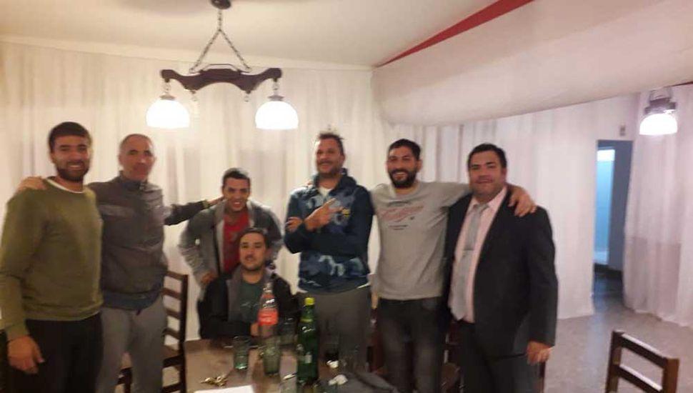 La reunión de referentes donde se hizo el sorteo del torneo.