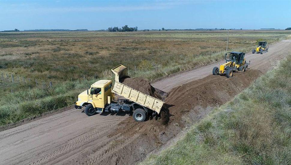 Buscan aumentar la tasa de Red Vial para mejorar los caminos rurales