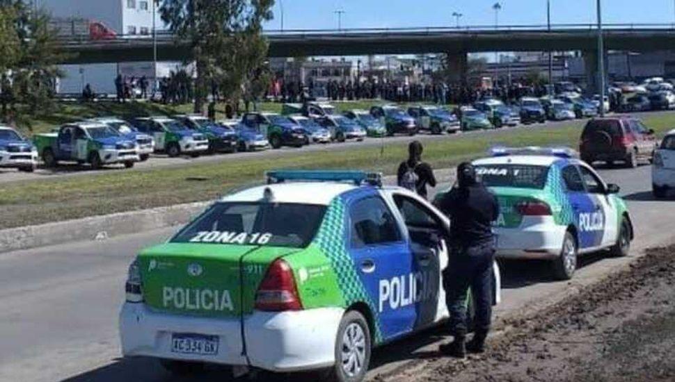La policía pide aumentos