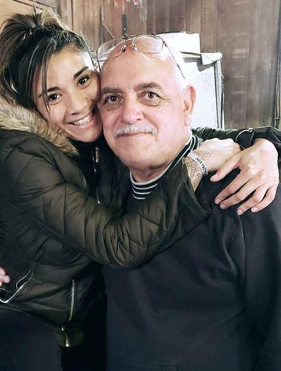 """Leonela Sánchez y su técnico, Virgilio """"Pato"""" Arauz, de recordado paso por Junín."""