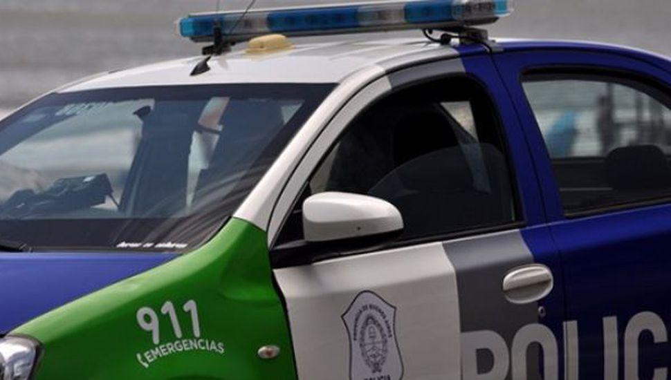 Polémica en Madariaga: dejaron a sus hijos encerrados 2 horas en el auto mientras hacían compras