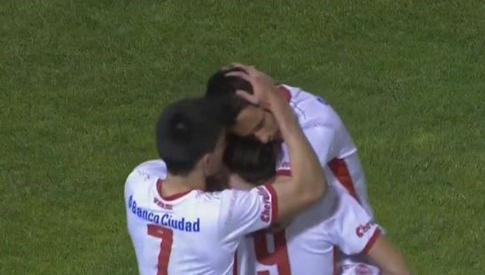 Huracán le ganó 2-0 a Olimpo en Bahía Blanca