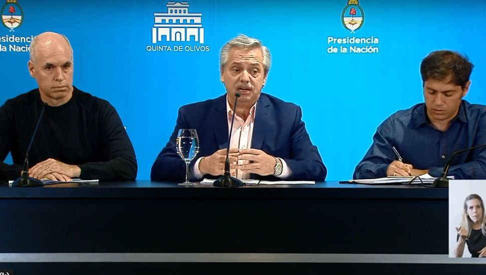 """Fernández: """"Tomamos la decisión de suspender las clases hasta el 31 de marzo"""""""