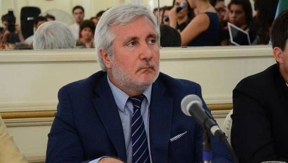 Julio Conte Grand cuestionó al juez de Ejecución bahiense Onildo Stemphelet.
