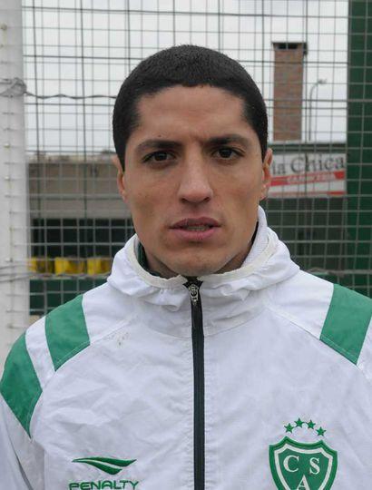Nicolás Castro pelea por un lugar en el equipo titular del