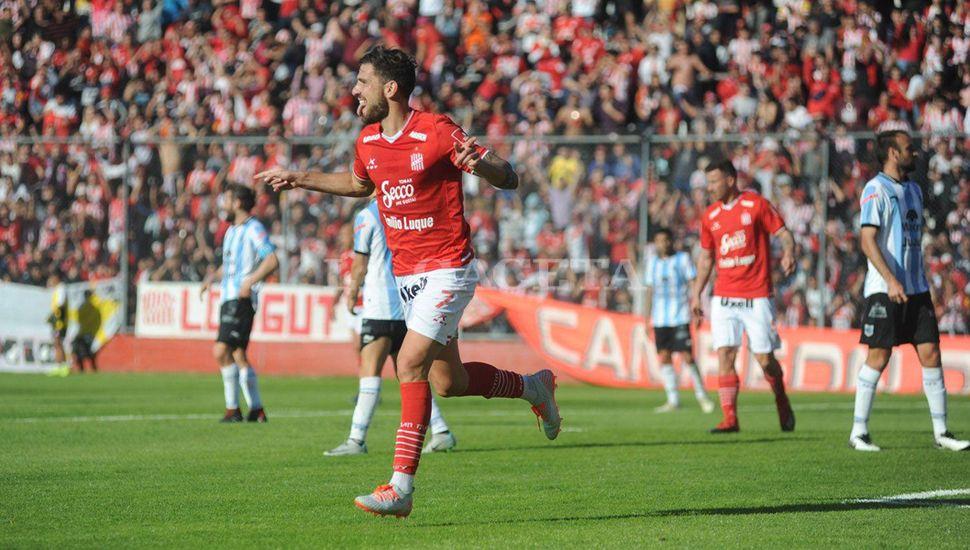 Ramiro Costa, autor de los dos goles.