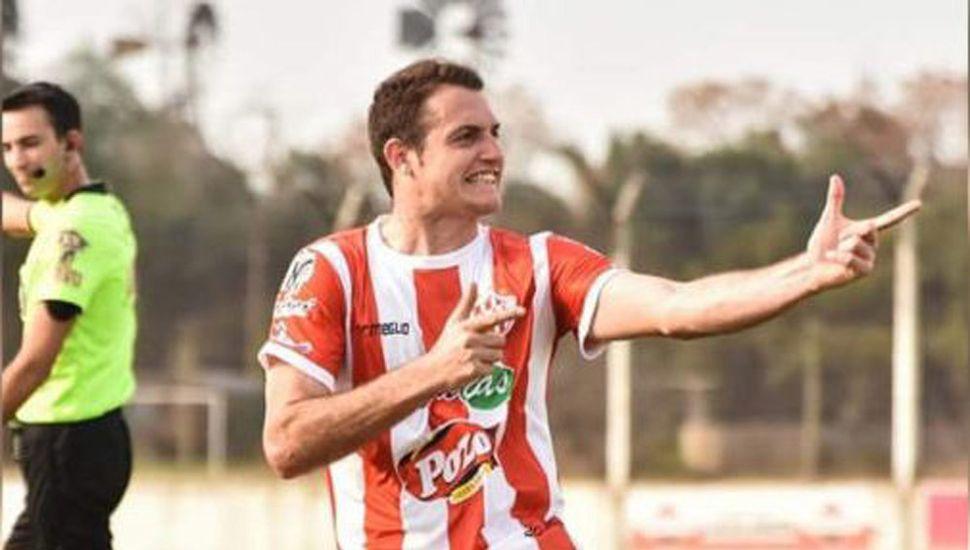 El delantero juninense Gianfranco Ottaviani.