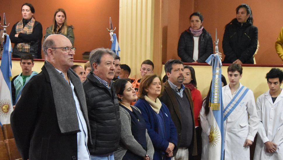 El intendente Tellechea y autoridades.