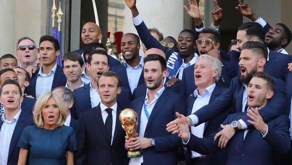 Festejo presidencial en Francia.