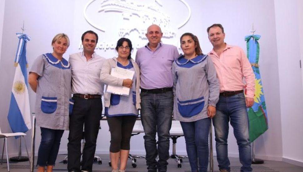 Entregaron subsidio municipal a la Escuela de Educación Primaria N° 7 de General Pinto