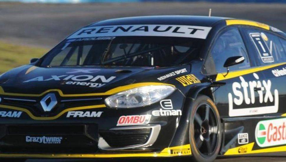 Facundo Ardusso hizo el mejor tiempo ayer en Rosario, con el Renault Fluence.
