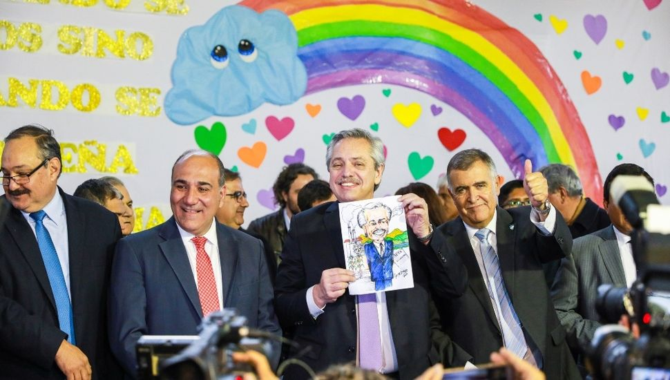 """Alberto Fernández: """"Voy a trabajar para que todos los chicos de mi país tengan educación pública"""""""