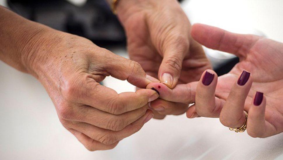 Día internacional de la diabetes: realizaron controles de glucemia