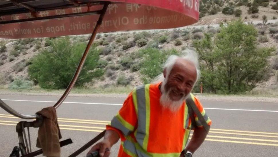 Mataron en Santa Cruz a un chino que recorría el mundo en bicicleta