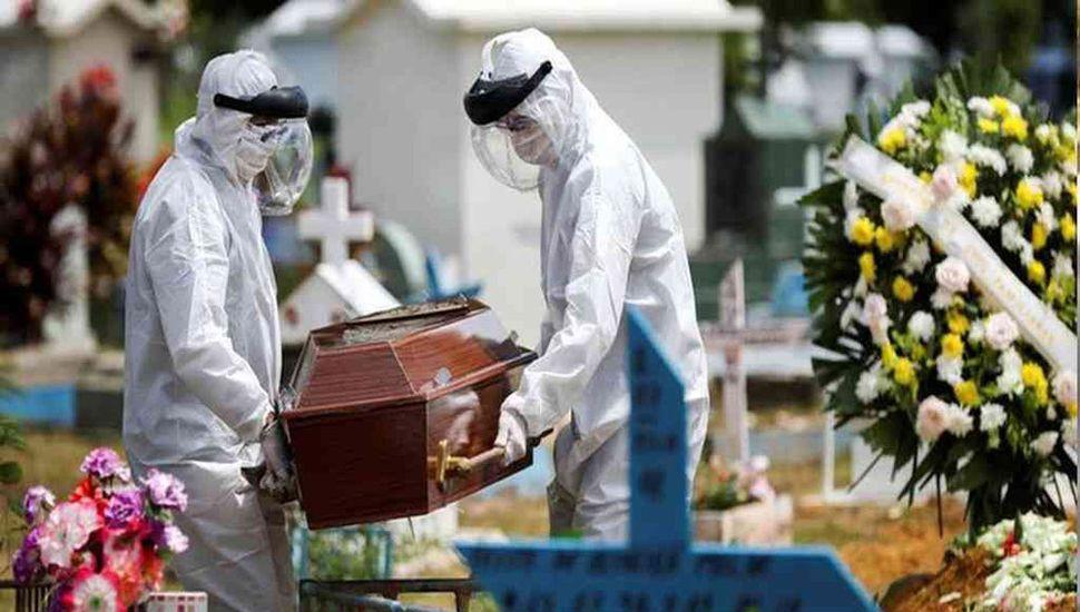 Brasil suma nuevamente más de 1.000 muertos en un día