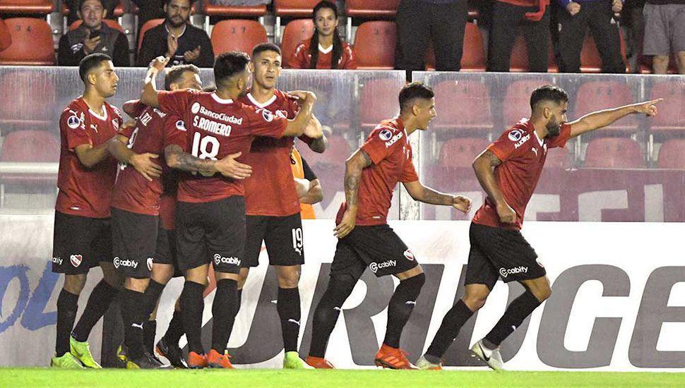 Independiente ganó en Perú