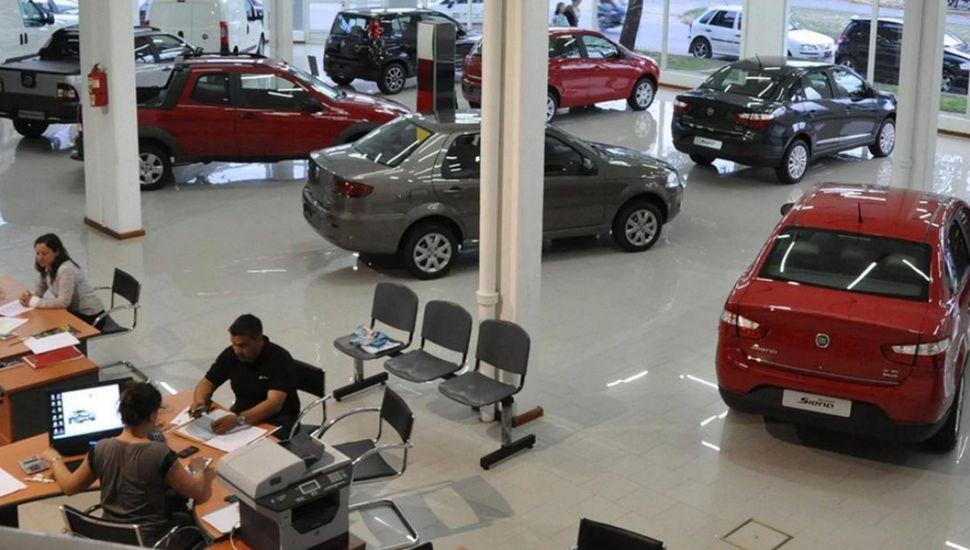 En 2019 se necesitaron 18 sueldos para comprar un auto pequeño en la Argentina