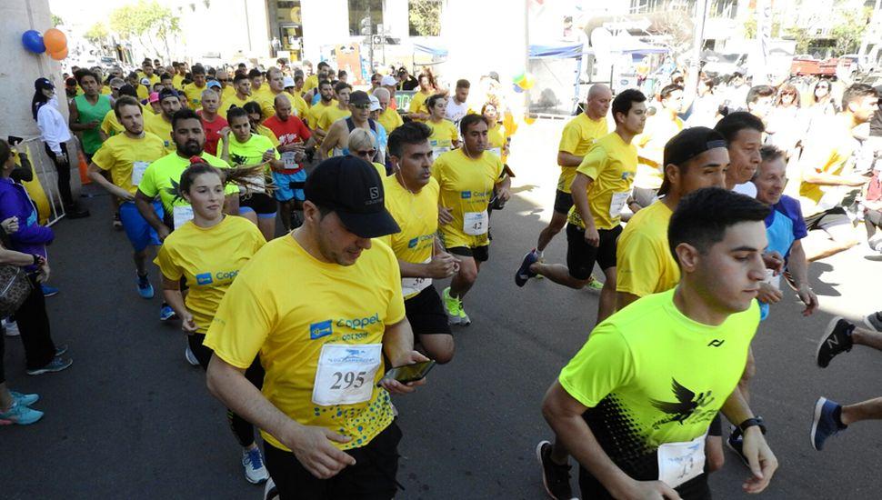 La competencia, en sus dos distancias, contó con numerosos participantes.