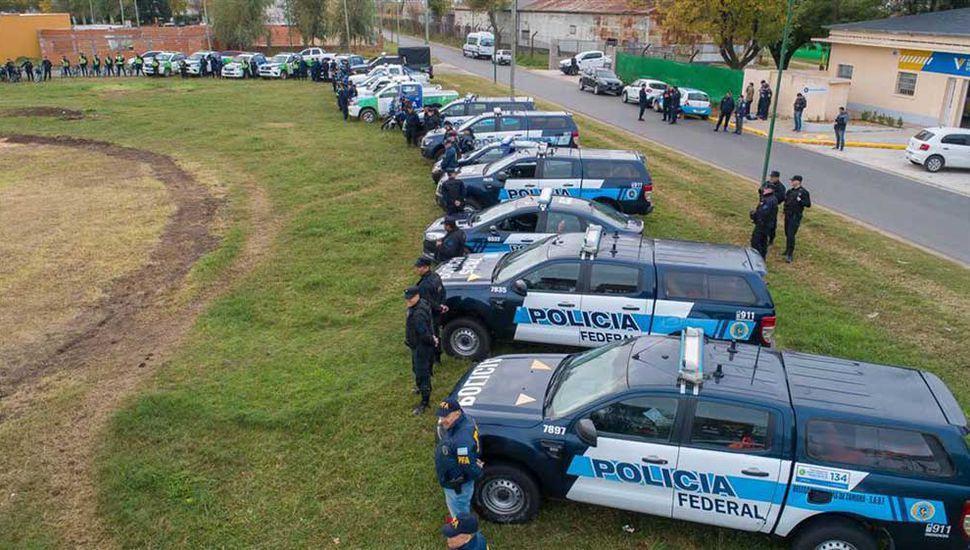 La Policía Federal Argentina y de la Provincia realizaron las tareas.