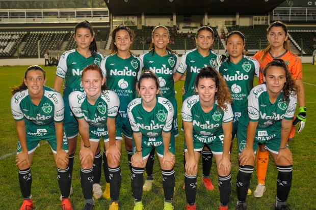 """Las chicas del """"verde"""" golearon a Deportivo Morón"""