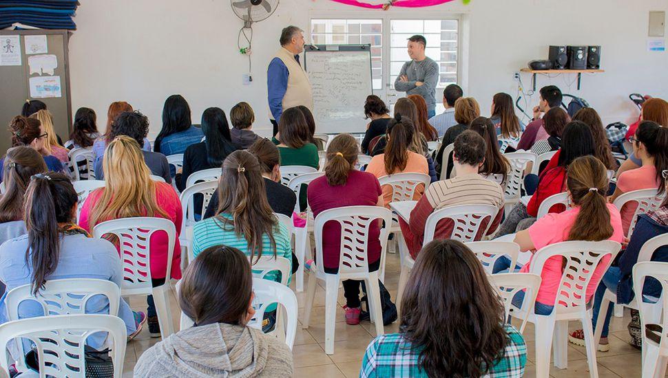 Uno de los cursos que se dictan en el marco del programa Impulso Joven.