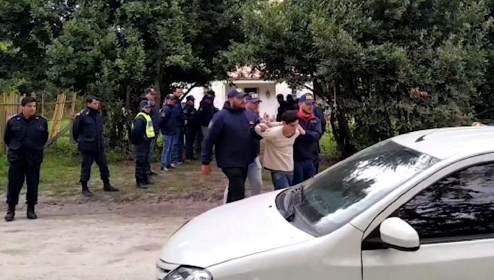 Los vecinos confesaron que secuestraron a Abril y los detuvieron